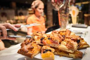 "Кулинария ""Патрик&Мари"" на Атарбекова открылась после реконструкции ©Елена Синеок, ЮГА.ру"