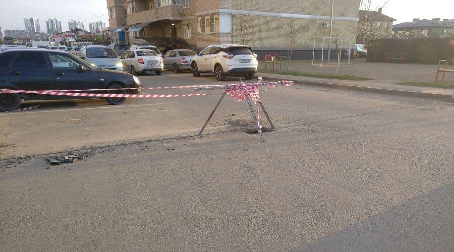 Двор на улице Симиренко, где появится шлагбаум ©Фото для портала Юга.ру