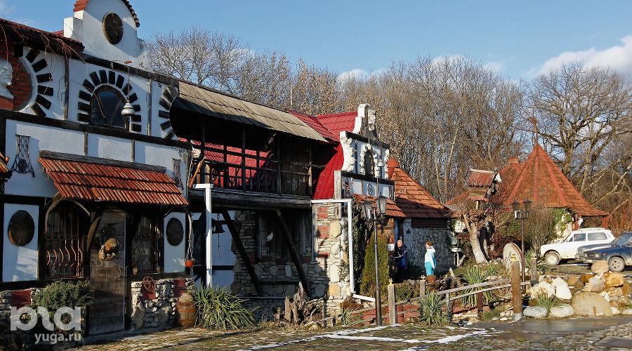 Музей снежного человека в поселке Каменномостском, Адыгея ©Фото Влада Александрова, Юга.ру