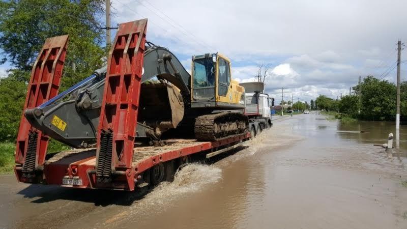 ВАдыгее из-за подъема уровня воды вреке Фарс прорвало дамбу