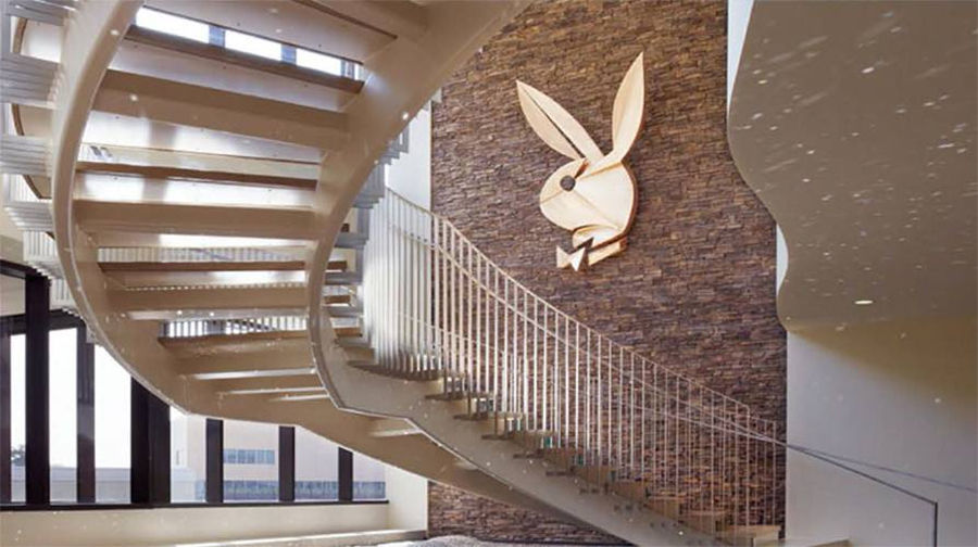 Playboy возвращает на обложку фотографии полностью обнаженных моделей