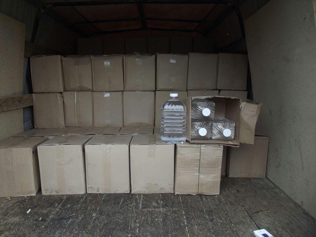 Неменее 2,5 тонн контрабандного спирта непустили на Украинское государство ростовские таможенники