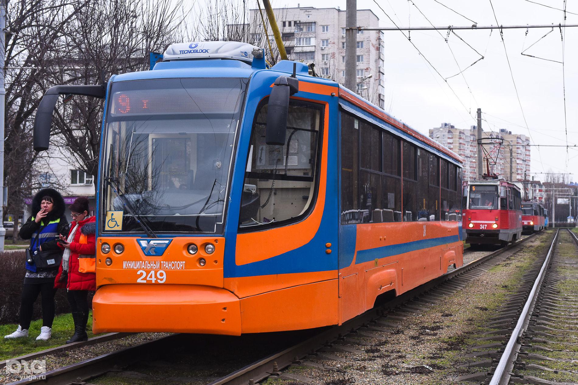 Трамвай модели 71-623 Усть-Катавского вагоностроительного завода ©Фото Елены Синеок, Юга.ру