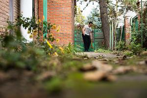 Гриша в тренировочной квартире ©Фото Елены Синеок, Юга.ру