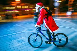 Велозаезд Дедов Морозов в Краснодаре ©Денис Яковлев, ЮГА.ру