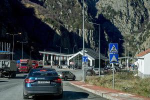 На автомобиле в Грузию. Граница ©Фото Евгения Мельченко, Юга.ру