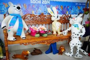 Здесь же живут шерстяные символы олимпиады ©Елена Синеок, ЮГА.ру