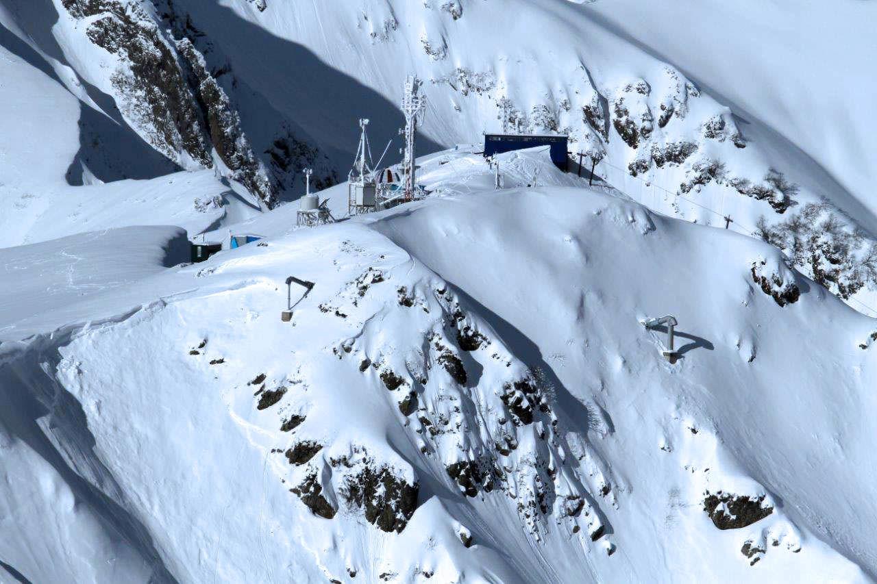 Противолавинная система на горном курорте «Роза Хутор» ©Фото пресс-службы горного курорта «Роза Хутор»
