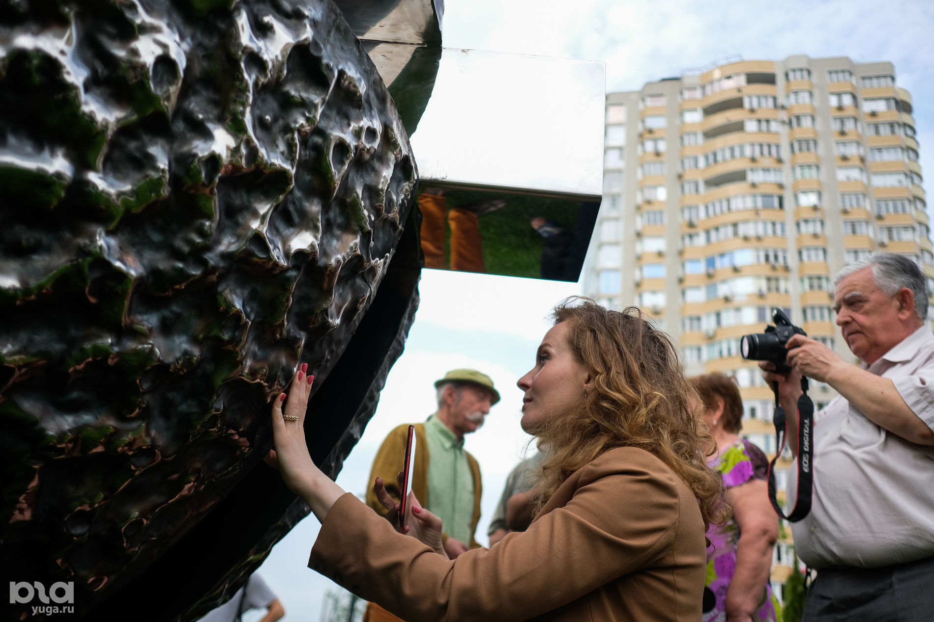 Скульптура «Точка» ©Фото Антона Быкова, Юга.ру