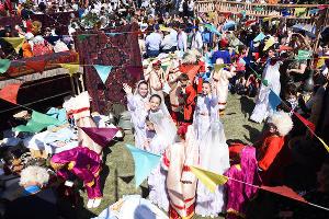 "Фестиваль ""Традиция"" на праздновании 2000-летия Дербента ©Елена Синеок, ЮГА.ру"
