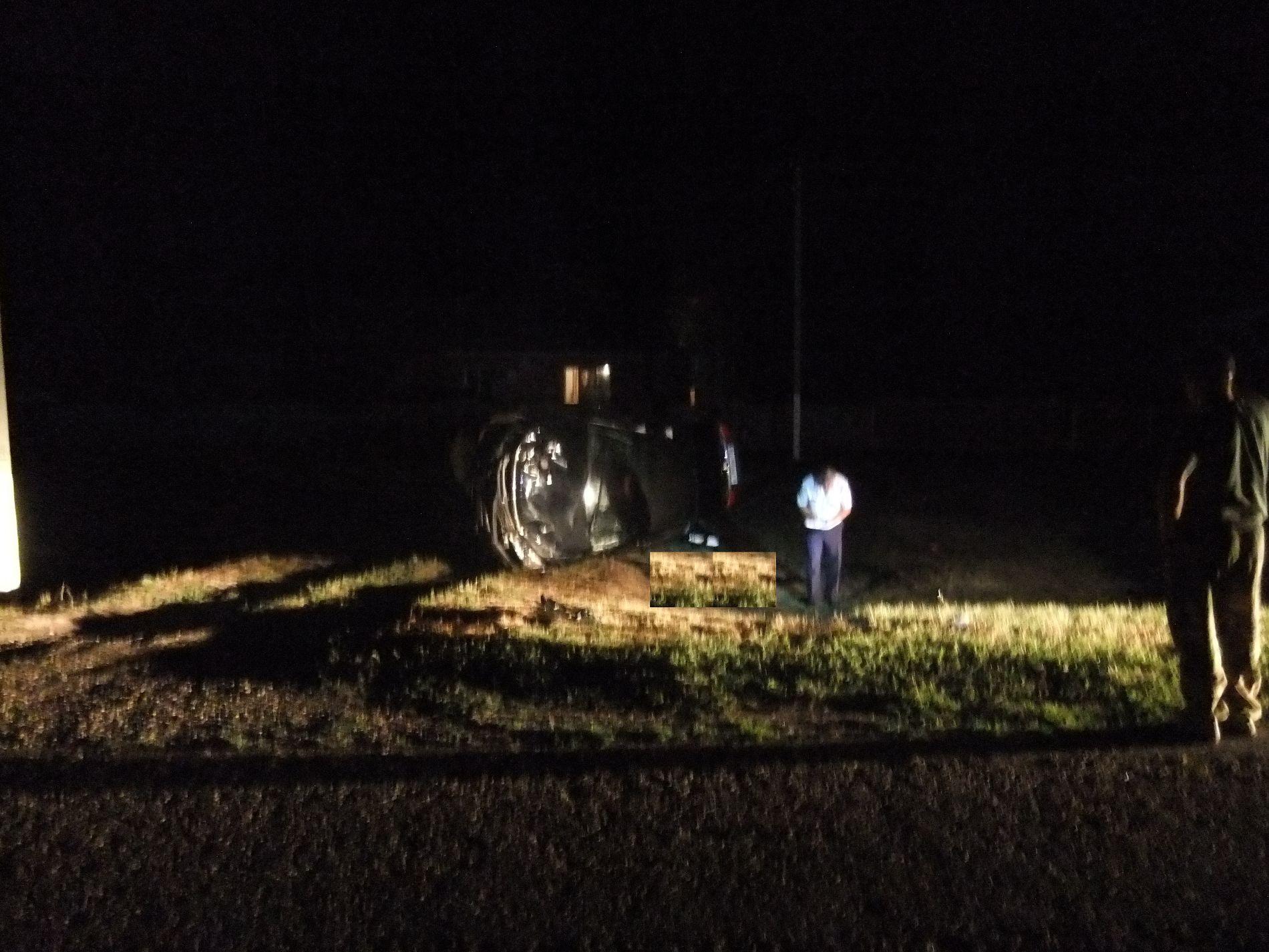 ВСтароминском районе иностранная машина вылетела сдороги иперевернулась, шофёр умер