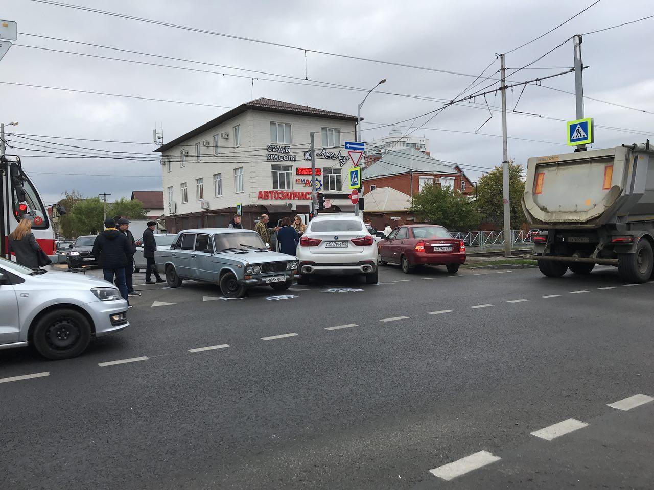 ДТП вКраснодаре парализовало движение трамваев