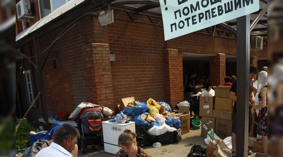 Ликвидация последствий наводнения в Крымске ©Влад Александров, ЮГА.ру