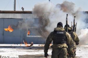 """2011 год в фотографиях. Отдел спецназа """"Акула"""" """"повоевал"""" в день рождения ©http://www.yuga.ru/photo/609.html"""