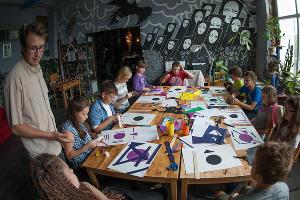 """Летняя арт-школа для детей в """"Типографии"""" ©Михаил Ступин, ЮГА.ру"""