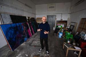 В мастерской Игоря Михайленко ©Фото Елены Синеок, Юга.ру