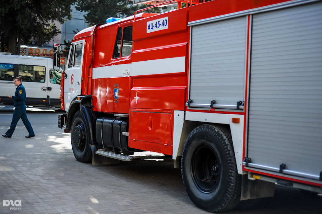 ВКраснодаре эвакуировали сорок детей и служащих клиники после пожара