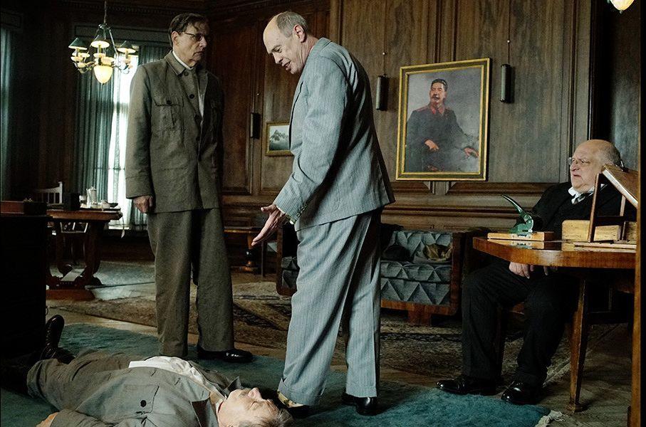 Почему Минкульт теперь хочет запретить смешной фильм про смерть Сталина