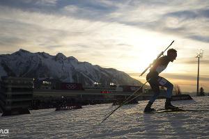Биатлонист Евгений Гараничев выиграл бронзу в индивидуальной гонке на 20 км ©РИА Новости