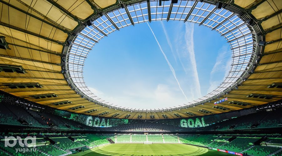Стадион ФК «Краснодар» ©Фото Елены Синеок, Юга.ру
