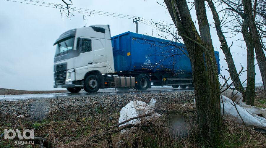 Грузовик, в котором привозят мусор на белореченский полигон «Крайжилкомресурс» ©Фото Дмитрия Пославского, Юга.ру