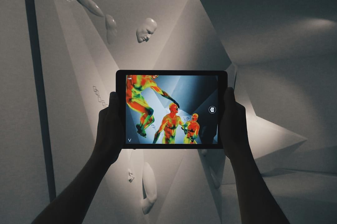 Выставка арт-группы Recycle на Венецианской биеннале в 2017 году ©Фото со страницы Георгия Кузнецова в фейсбуке, facebook.com/re.cycle.94