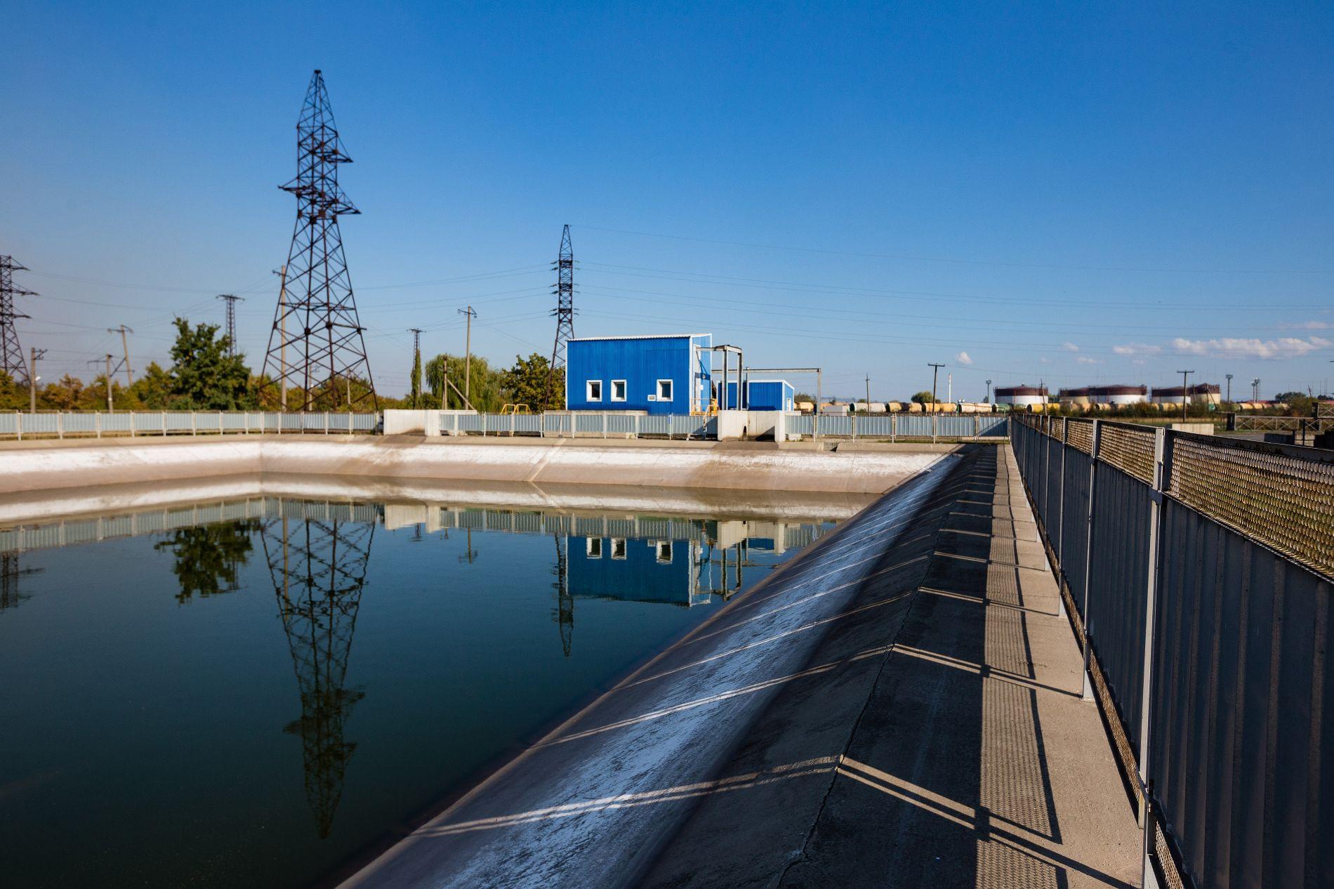 Искусственный пруд водоочистительной системы ©Фото пресс-службы АЭМЗ