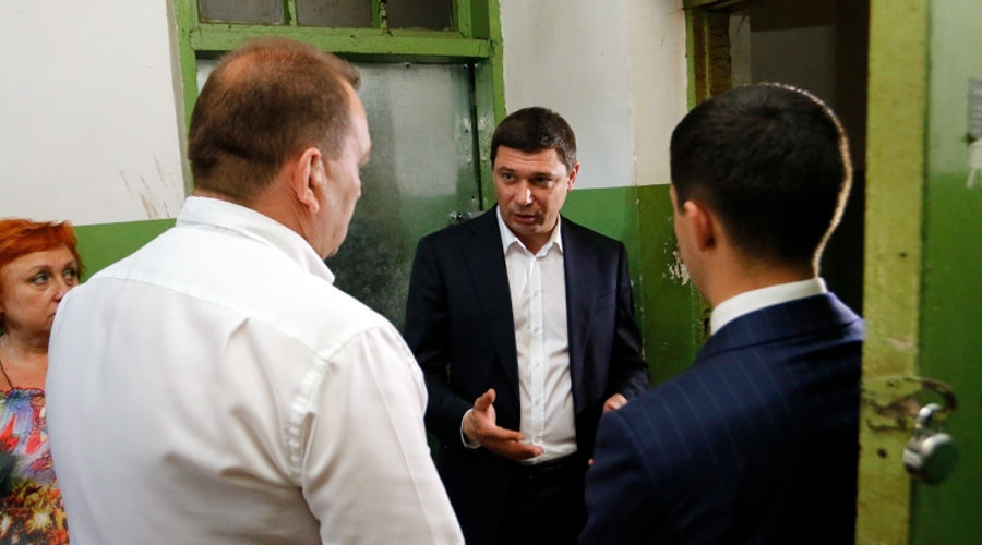 Мэр Краснодара ночью проверил ремонт дорог города