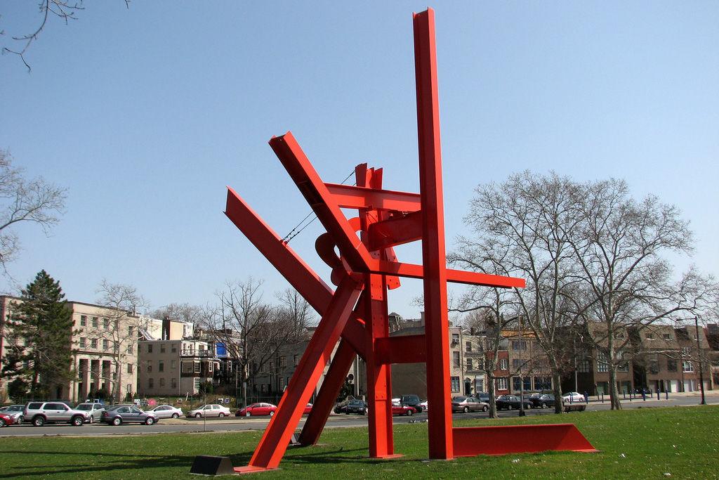 Скульптура Марка ди Суверо в Филадельфии