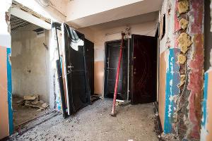Взорвавшийся дом по ул. Славянской ©Фото Елены Синеок, Юга.ру