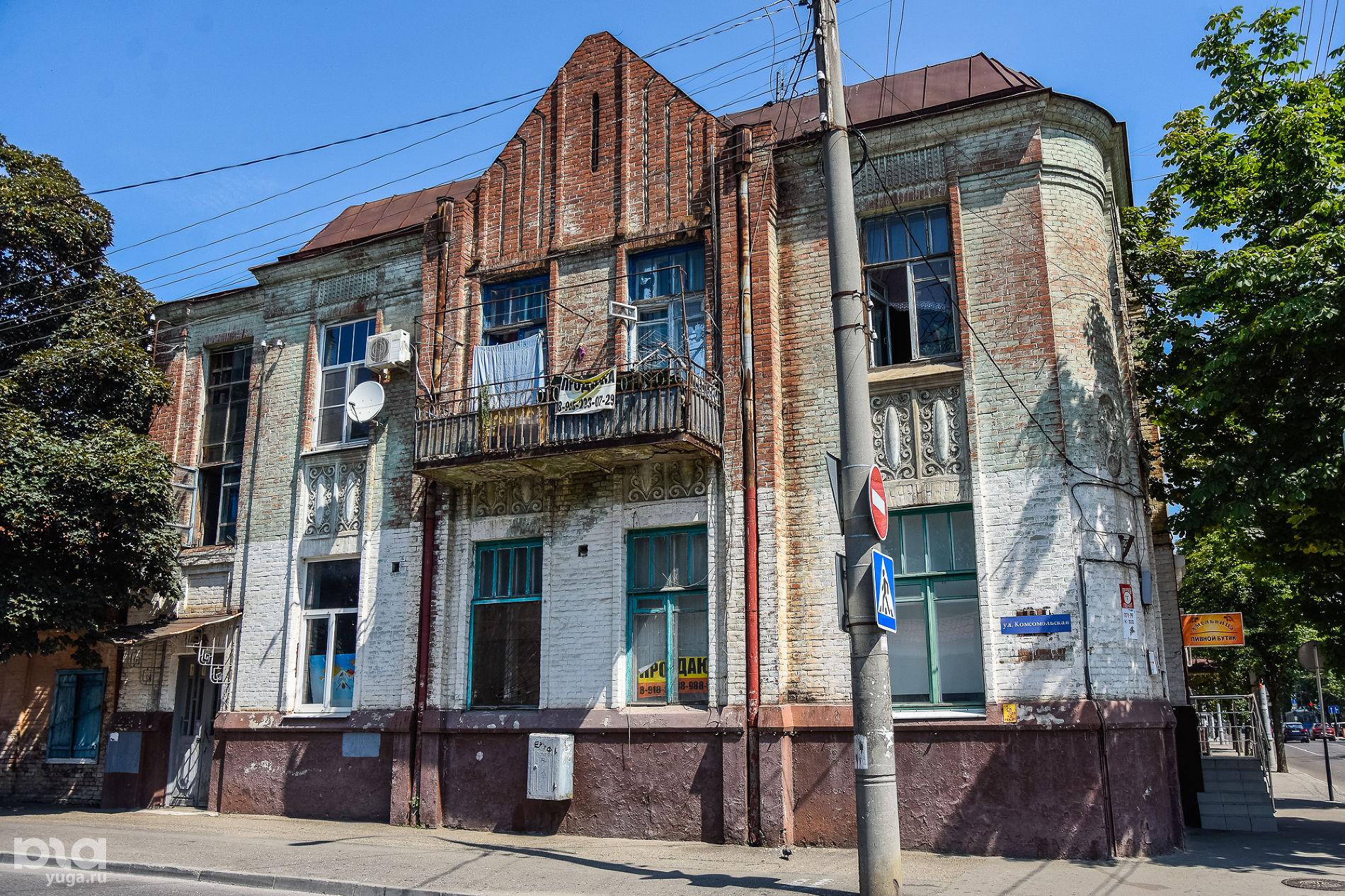 Дом доходный Е.Н. Козловой («Дом с розой»), 1912 г., архитектор А.А. Козлов ©Фото Елены Синеок, Юга.ру