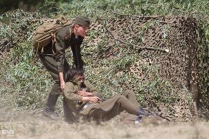 Военная реконструкция битвы советских солдат с немцами ©Иван Вислов. ЮГА.ру