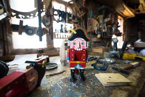 Щелкунчик работы Николая Стежкина ©Фото Елены Синеок, Юга.ру