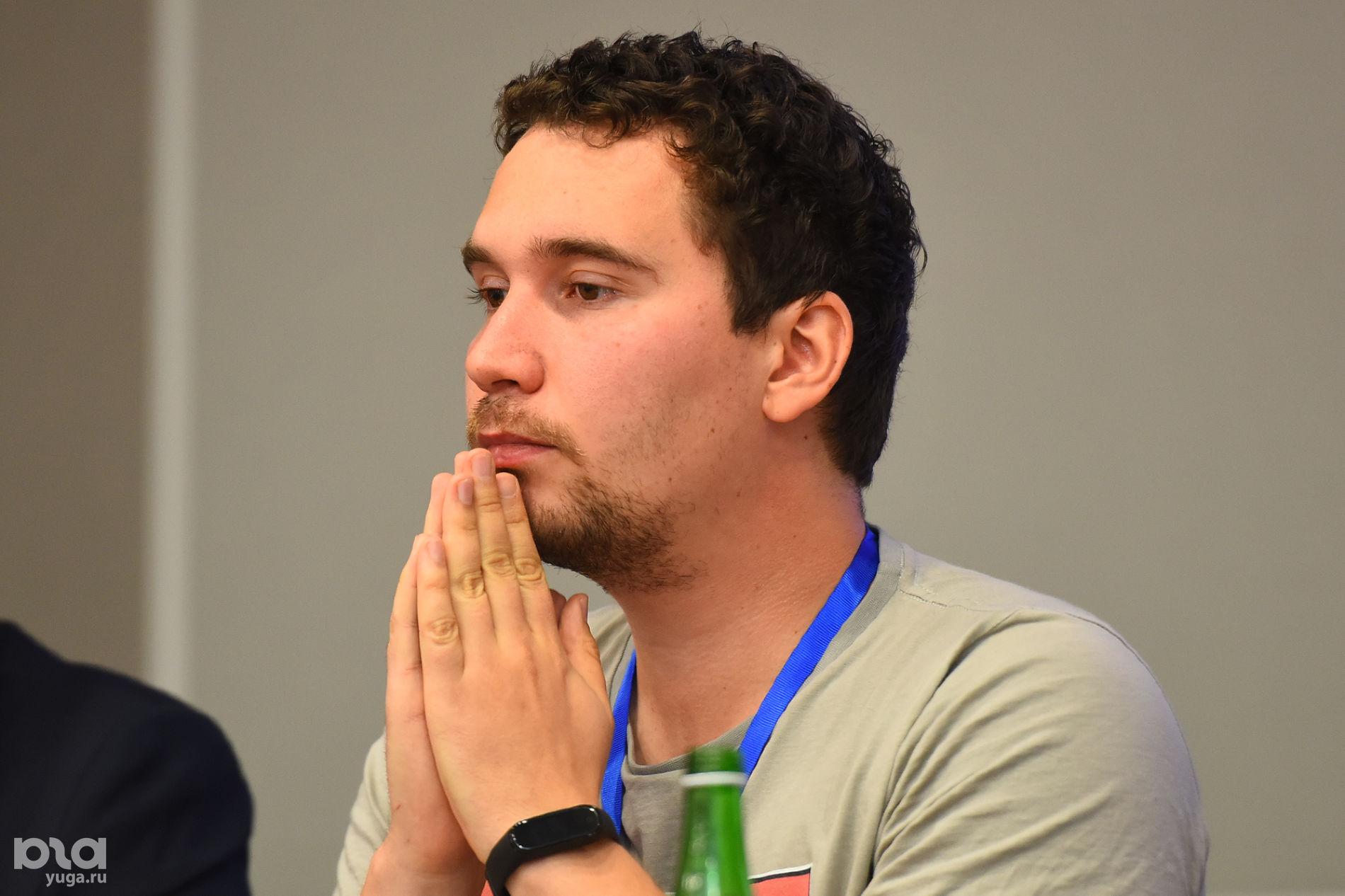 Аркадий Гершман на форуме «Дело за малым» ©Фото Елены Синеок, Юга.ру
