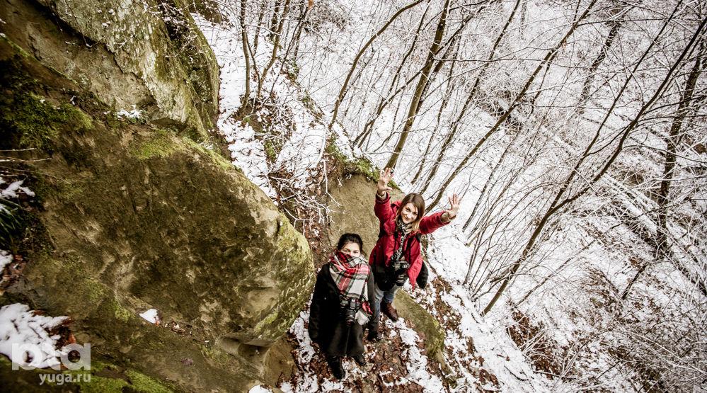 Богатырские пещеры. У подножия ©Фото Евгения Мельченко, Юга.ру
