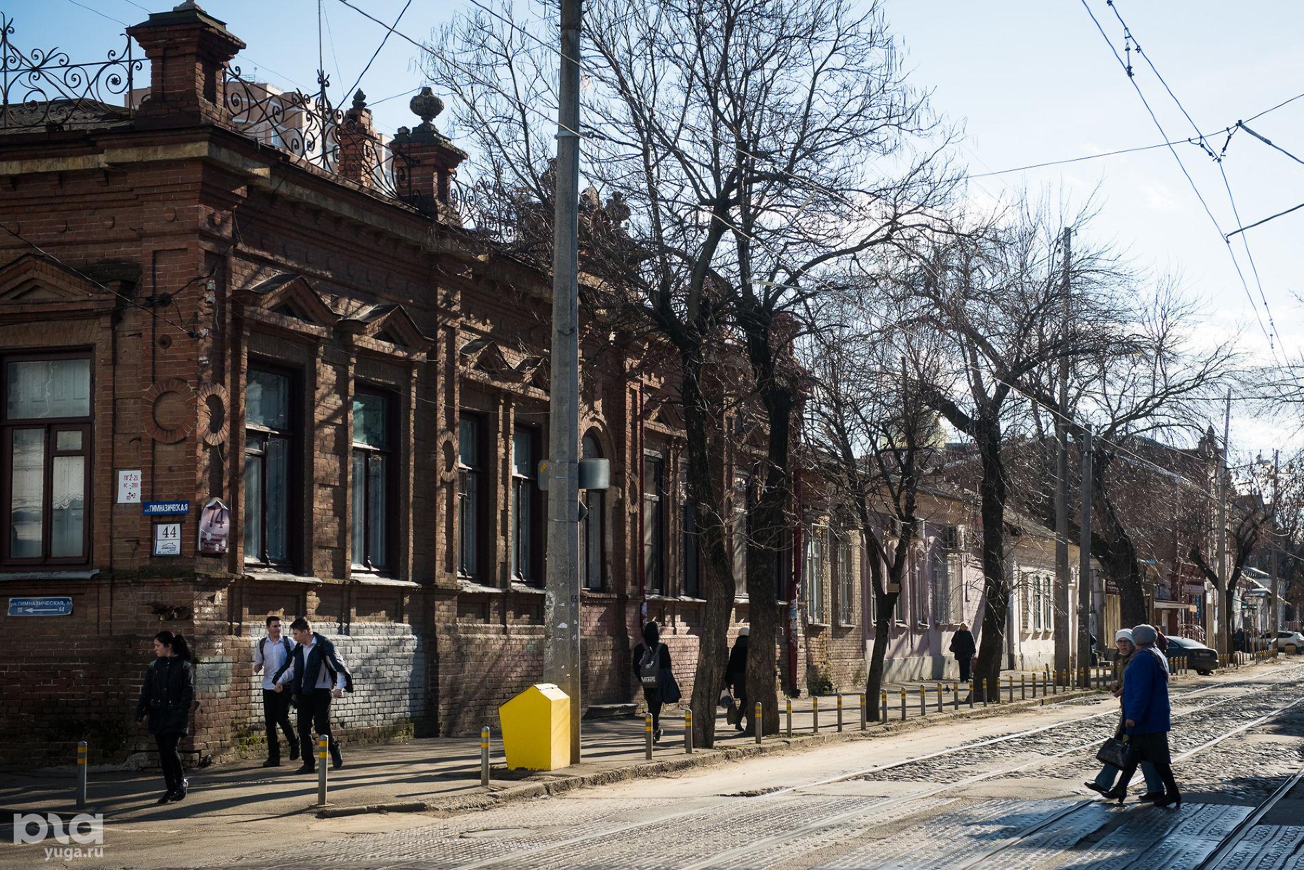 Коммунаров, 74. Дом жилой, начало XX в. ©Фото Елены Синеок, Юга.ру