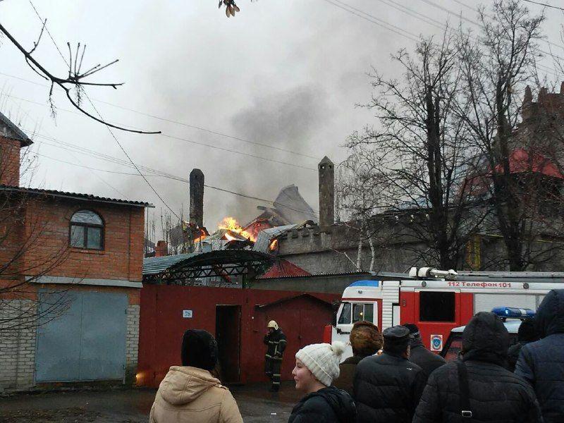 Один человек умер напожаре в личном доме вШахтах