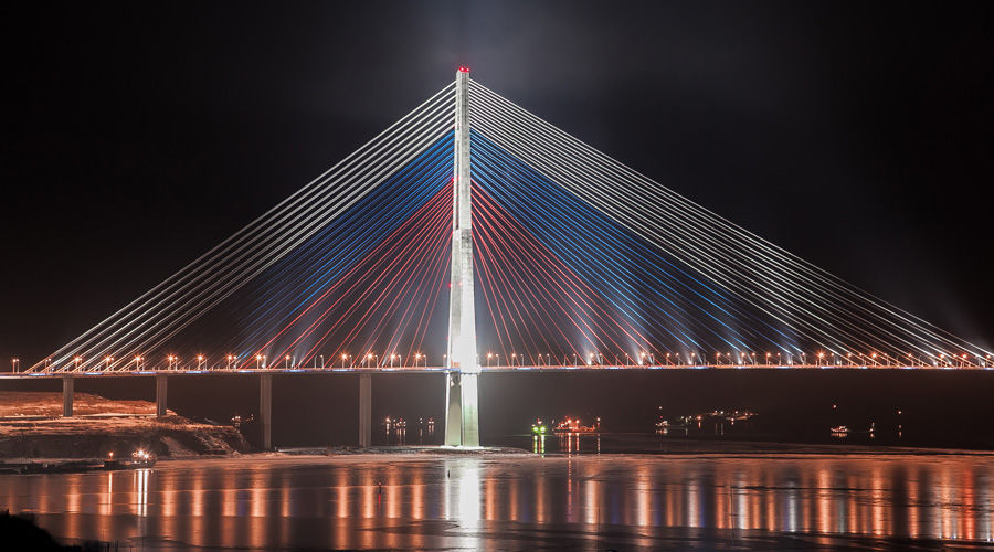 «Русский Мост» в г. Владивосток ©Фото Баякова Алексея с сайта commons.wikipedia.org
