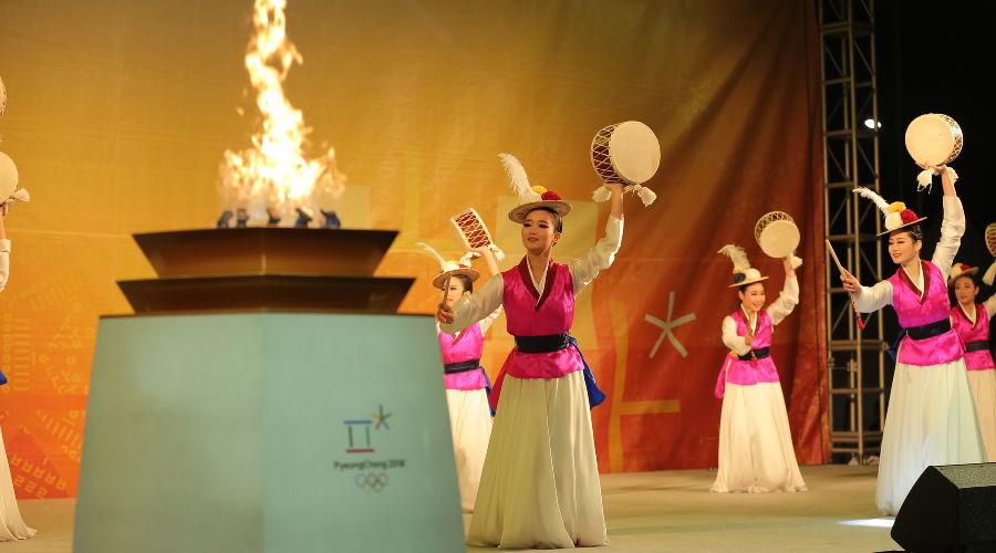 Олимпийский факел в Пхенчхане ©Фото с сайта pyeongchang2018.com