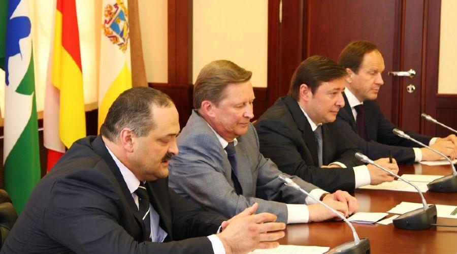 Главам субъектов СКФО представили нового полпреда ©Фото Юга.ру
