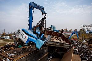 Утилизация старых автомобилей в Краснодарском крае ©Николай Ильин, ЮГА.ру