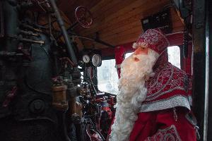 Дед Мороз из Великого Устюга посетил Ингушетию ©Фото Елены Синеок, Юга.ру
