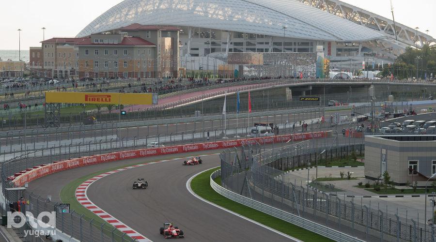 Второй день Гран при России Формулы 1 в Сочи ©Фото Никиты Быкова, Юга.ру