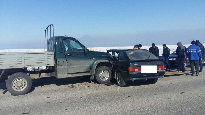 НаСтаврополье вДТП умер 72-летний шофёр легковушки