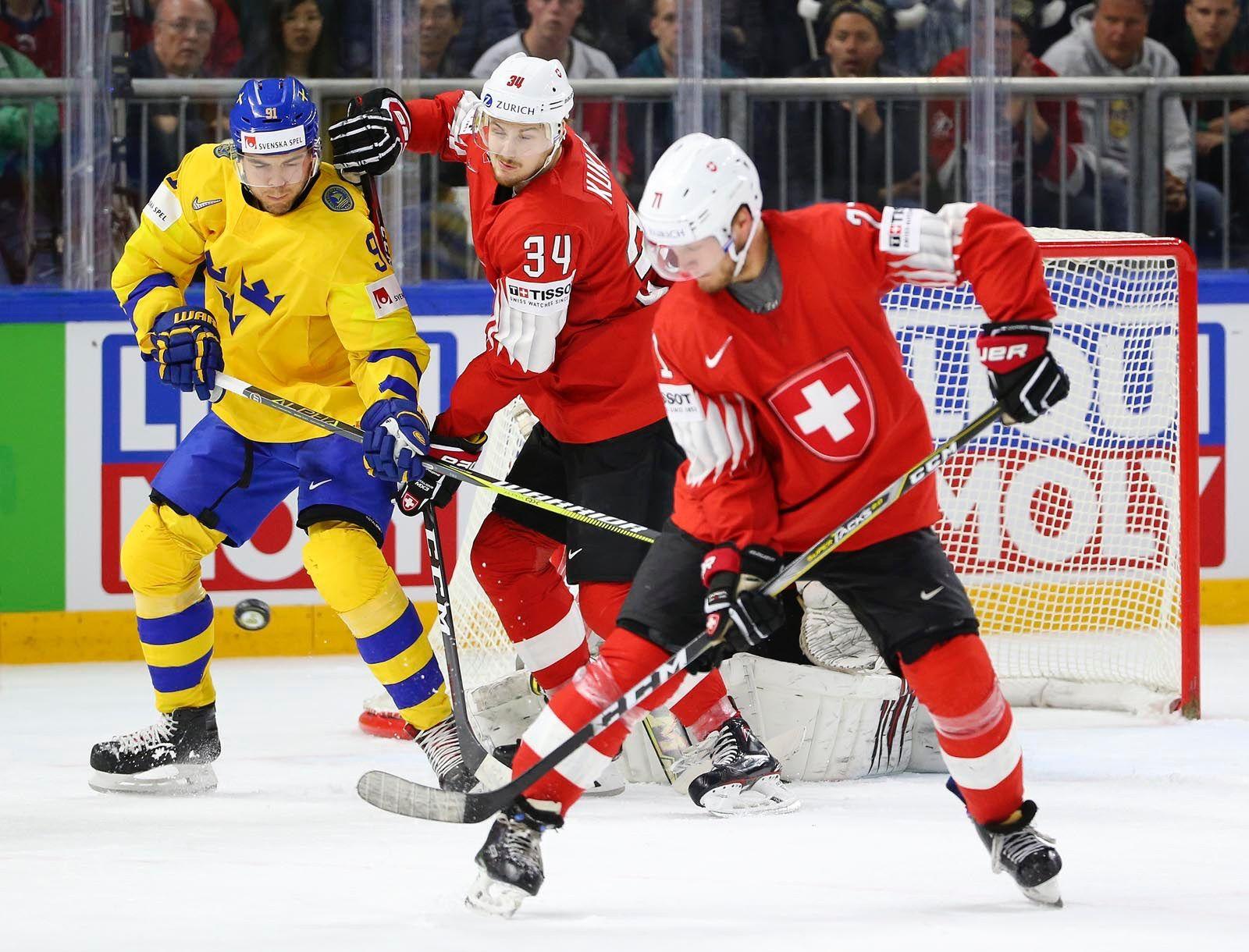 Сборная Швеции обыграла Швейцарию ивыигралаЧМ