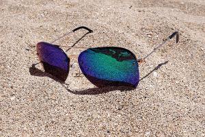 Солнцезащитные очки ©Фото с сайта pixabay.com