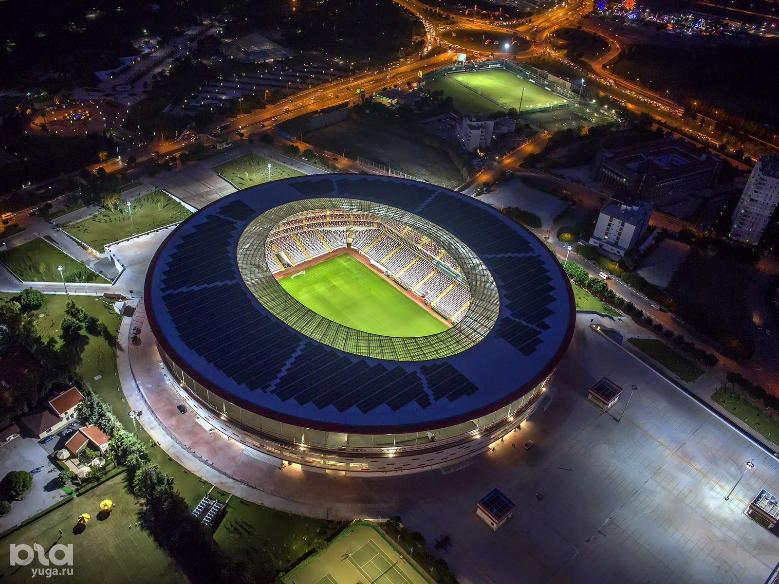 Анталья Арена ©фото с сайта stadiumdb.com