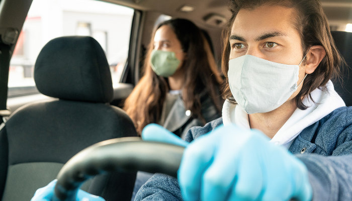 «Начало пандемии было маленькой катастрофой»: директор таксопарка и водители рассказали об изменениях в такси Краснодара