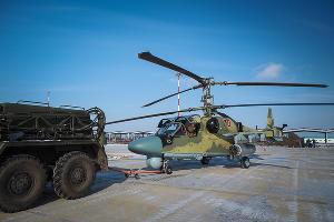 Подготовка вертолета Ка-52 к полету ©Виталий Тимкив, Юга.ру