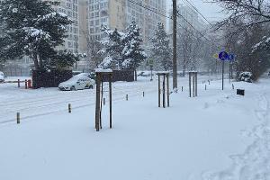 Краснодар замело снегом ©Фото из телеграм-канала «Красный темник», t.me/redtemnik